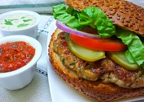 Kuřecí burger podle Aishy