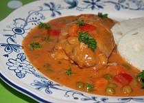 Kuřecí prsa v zeleninové krémové omáčce