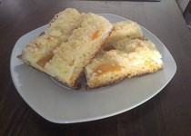 Letní meruňkový koláč