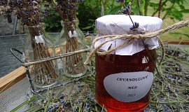Levandulový med (sirup)