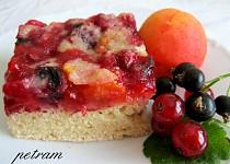 Ovocný koláč s drobenkou bez lepku, mléka a vajec