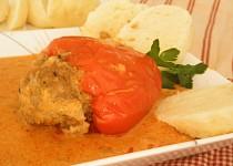 Plnene papriky ve smotanove omacce