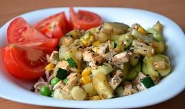 Zeleninová směs s tofu a těstovinami