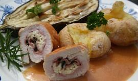 Krůtí závitky s náplní z jadelu a pečenou bramborou