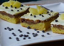 Marcipánové řezy s ananasem