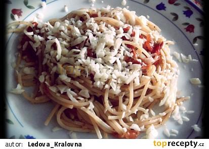 Rajčatová omáčka na špagety podle mě