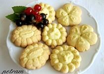Sušenky z lisu bez lepku, mléka a vajec