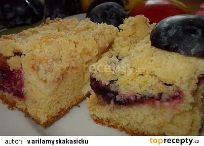 Švestkovo- jablečný koláč se třtinovou drobenkou
