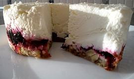 Tvarohový dortík s ořechovou krustou