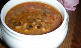 Fazolová polévka s pivem (Soupe aux haricots secs)