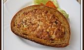 Chleba s vajíček v chlebové kůrce