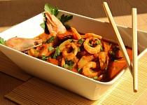 Pikantní krevety a cukety v curry