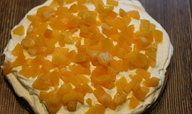 Šlehačkovo - ovocný dort