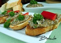 Bruschetta s hříbkovou pomazánkou