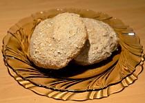 Celozrnné pšenično - žitné housky