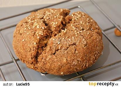 Celozrnný žitný chléb