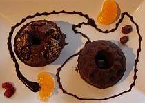 Čokoládové bábovičky s brusinkami
