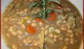 Polévka z hlávkového zelí a fazolí - hustá