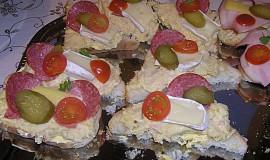 Pomazánka na obložené chlebíčky z vařených brambor