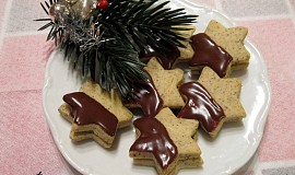Kávové hvězdičky s čokoládovo-kávovou nádivkou bez lepku, mléka a vajec