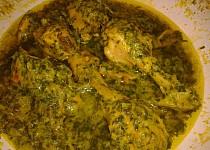 Kuře v zelené chilli-mátovo-koriandrové omáčce
