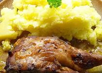Nutrie (králík) pečená v marinádě