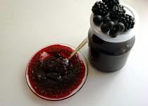 Ostružinový džem s aronií