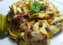Šunkofleky z bramborového palačinkového těsta s uzeným masem