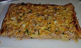 Tuňákový koláč z listového těsta