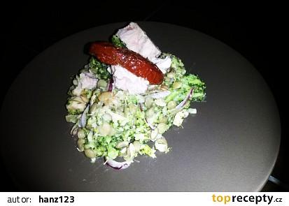 Čočkový salát s brokolicí a tuňákem