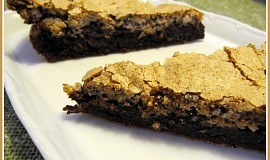 Čokoládový koláč s ořechovou pusinkou