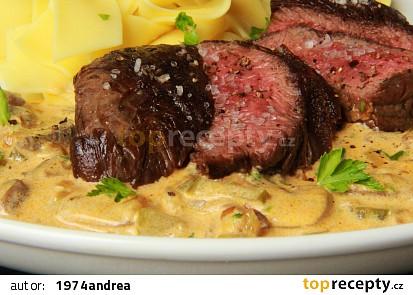 """Hovězí steak """" Stroganoff """" ( Stroganov )"""
