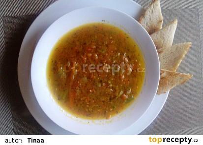 Mrkvová polévka s pohankou