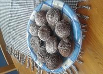 Muffiny s dvojí čokoládou a banánem