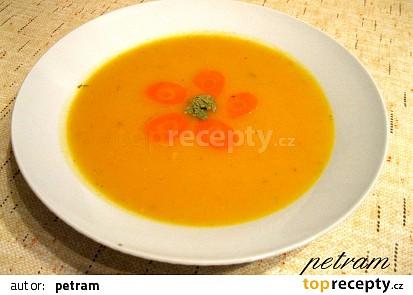 Podzimní mrkvovo-dýňová polévka se zázvorem