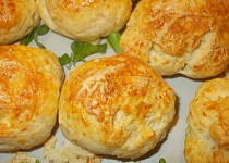 Sýrové bulky bez kynutí s bylinkami