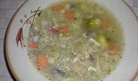 Vydatná celerová polévka s kroupami