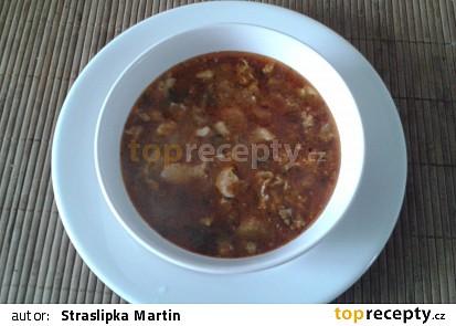 Dršťková polévka z kuřecích kůží