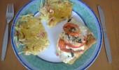 Gratinovaná treska s mozzarellou, rajčaty a bazalkou