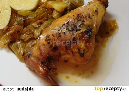 Pečený králík na zelenině a divokém koření
