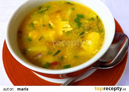 Polévka z houbové smaženice