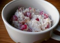 Rýžový salát s granátovým jablkem