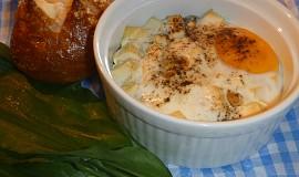 Vejce zapékané s medvědím česnekem