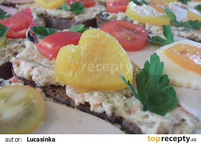 Cizrnový salát