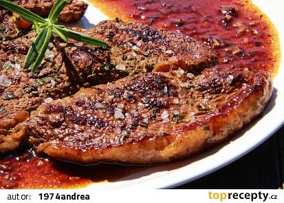 Flambovaný rump steak s omáčkou s brandy