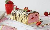 Jahodový smetanový dort (mousse)