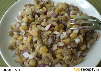 Luštěninový salát