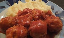 Rybí kuličky v rajčatové omáčce