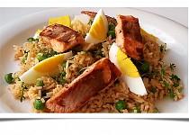 Rýžový salát s lososem