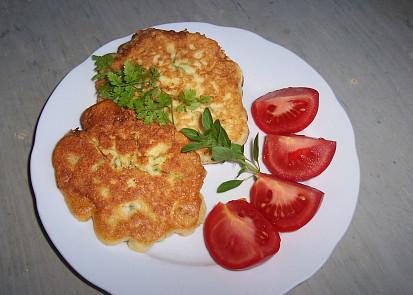 podávat nejlépe s brambory a zeleninou